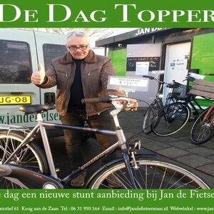 Jan de Fietsenman image 3