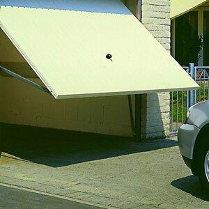 Hartman Garagedeuren image 1