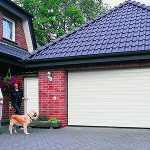 Hartman Garagedeuren image 4