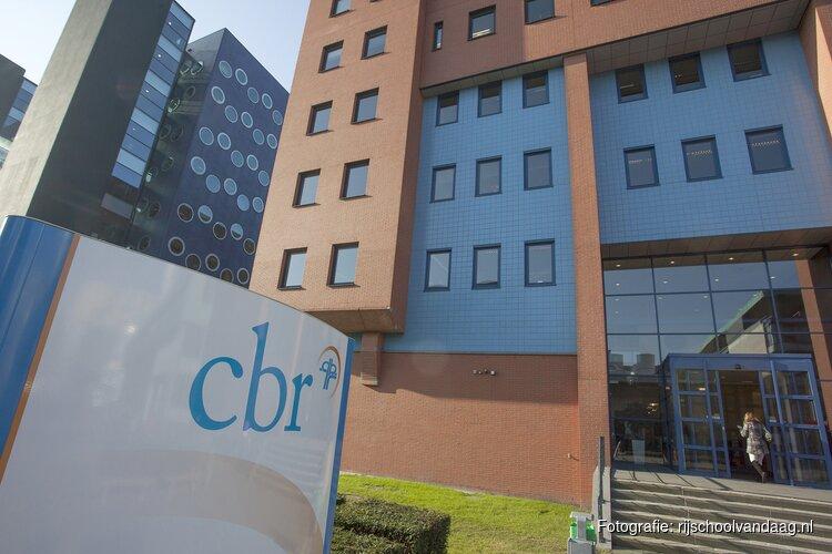 CBR neemt extra maatregelen voor te lange wachttijden rijexamens