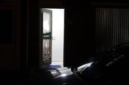 Persoon valt door raam in Wormerveer