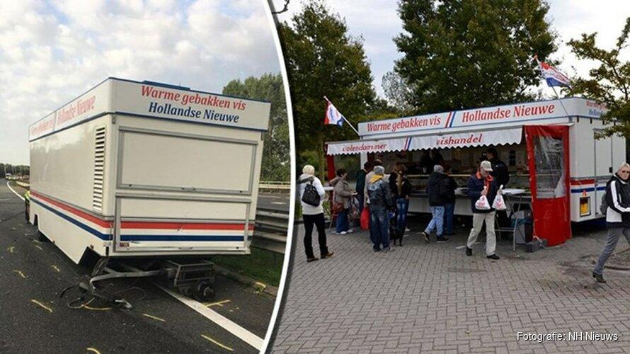 """Eigenaar gecrashte Volendamse viskar: """"Alles is naar de gallemiezen"""""""