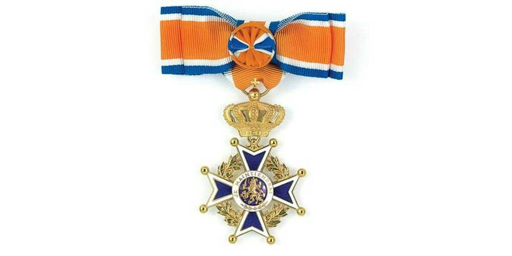 Uitreiking Koninklijke onderscheidingen aan twee brandweermensen