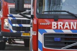 Elektrische lijnbus vliegt in brand tijdens opladen bij busstation Edam