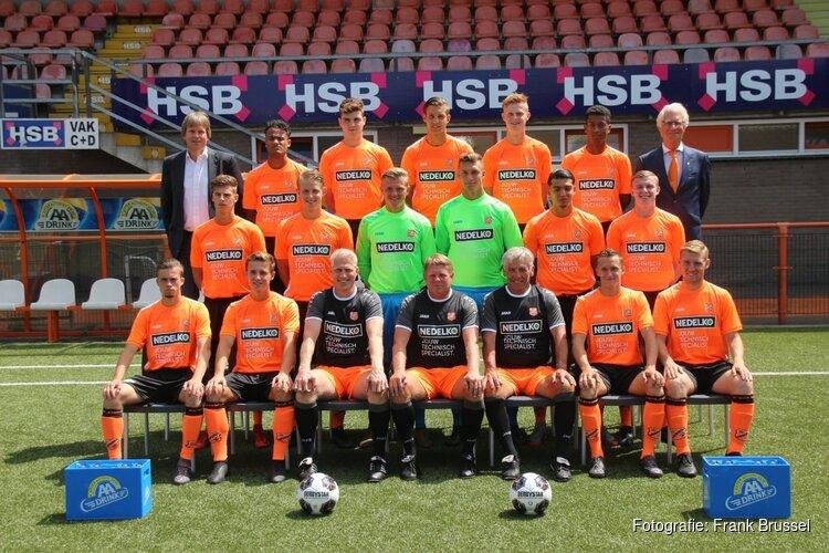 Kampioenskraker voor Jong FC Volendam in Tiel