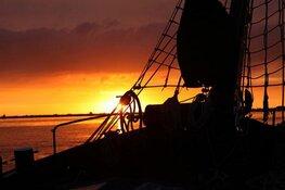 """Zeezeilen op het wad met zeilschip """"de Zuiderzee"""""""