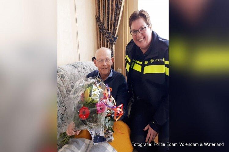Heldhaftige man (80) redt leven van peuter in Volendam