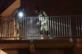 Brand in flatwoning op Marken: gewonde en veel schade