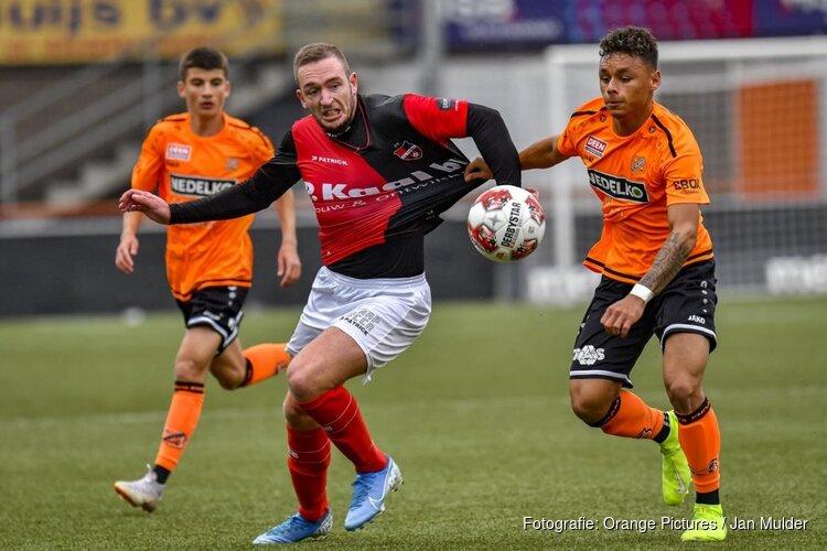 Eerste profcontract voor Dean James bij FC Volendam